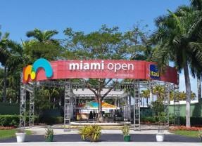 Miami, urmatoarea oprire a vedetelor
