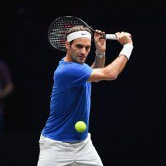 Roger Federer s-a calificat în semifinalele Turneului Campionilor