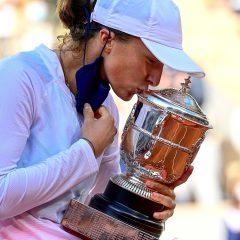 Poloneza Iga Swiatek a câştigat turneul de la Roland Garros
